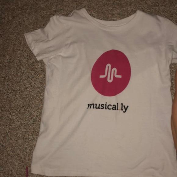 Poshmark T Shirt ly Shirtsamp; TopsMusically Musical nwkPO0